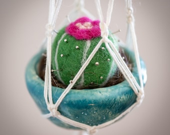 Cactus needle felted in wool, in hand-potted ceramic bowl green, with macrame traffic light made of cotton threads