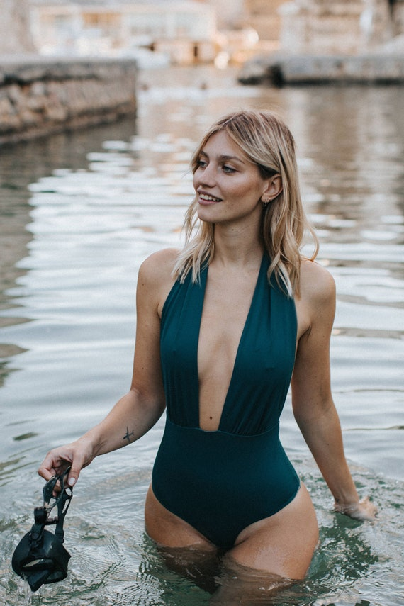 Reversible one-piece swimsuit