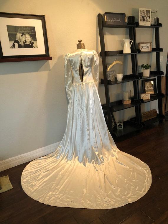 Antique Wedding Dress: Vintage 1940s Satin Dress - image 8