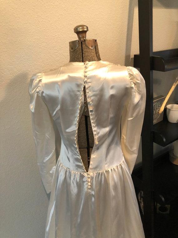 Antique Wedding Dress: Vintage 1940s Satin Dress - image 3