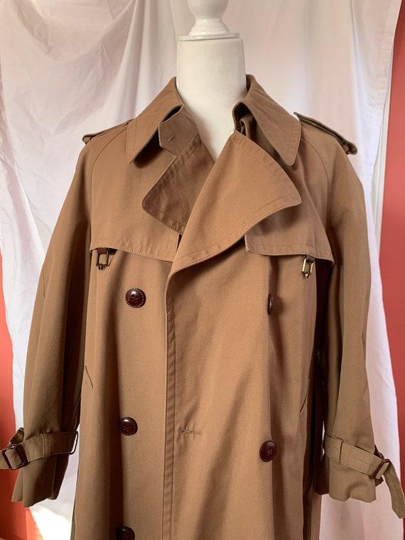 1980s classic vintage trench coat | Etienne Aigner
