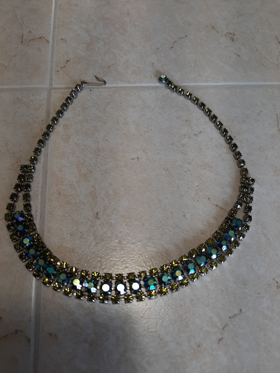 Vintage 1950's coro blue green rhinestone necklace