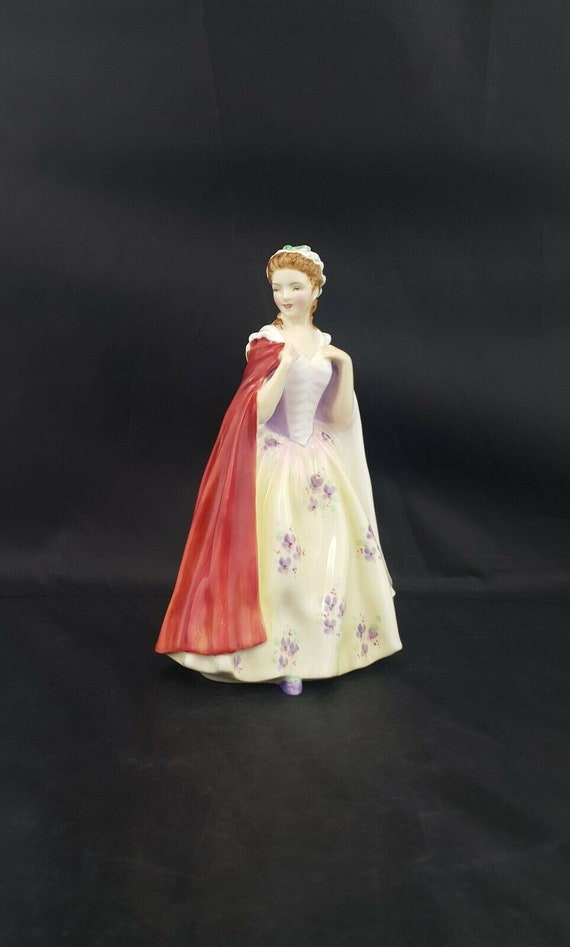 Royal Doulton Figurine Bess Model HN2002