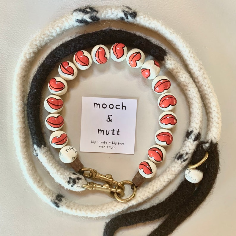 PUCKER UP hand painted dog collar with hand knittedfelted matching original leash