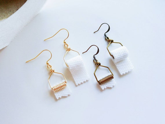Mismatched Poop and Toilet Paper Earrings Funny Jewelry Gifts for Sister Dangle Funny Earrings Kawaii Jewelry Charms Jewelry for Kids