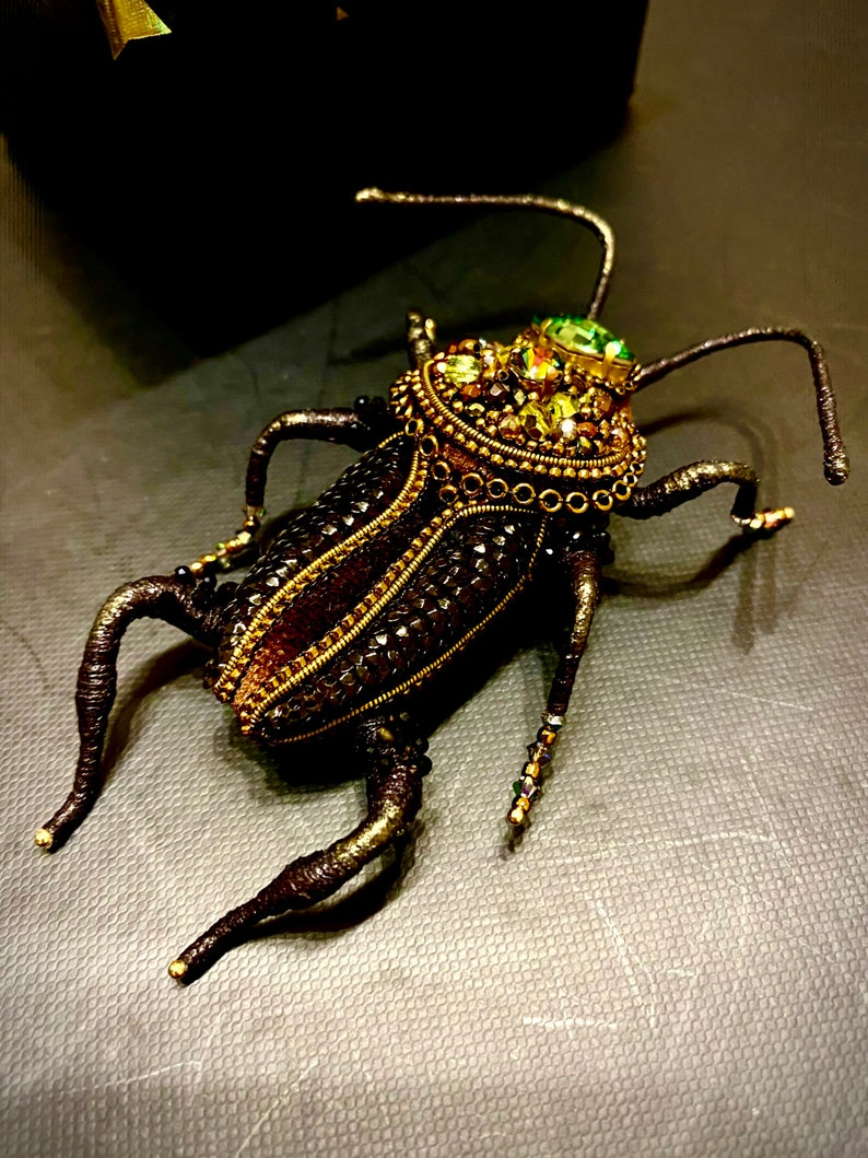 cockroach jewelry pin brooch