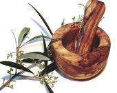 Flat edge mortar 6 cm and olive wood pestle (6399)