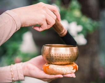 """SALE END TOnight!Best Quality Tibetan 4,5""""inches Handhammering Singingbowls for sound healing, meditation, yoga and chakra balancing"""
