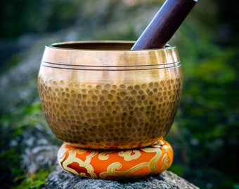 SALE END TOnight!Best Monk 5.5 inch Hand hammering Singing bowls for sound healing, meditation, yoga and charka balancing et