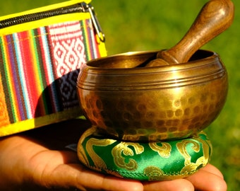 LOUD and Clear in Tibetan 3.5 inch Singing bowl Hand beaten for Meditation, yoga, sound healing, chakra healing made in Tibet.