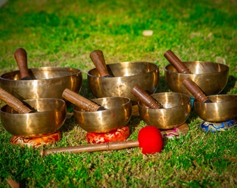 SALE END TOnight!Superset 5 to 10 inches 7 chakra 7 bowls Tibetan Handmade singing bowl for sound healing, meditation, yoga, chakra . et