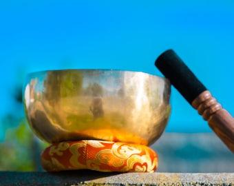 DEEP SOUND* 7.5 inches Tibetan Handmade  antique Therapy Singing Bowl for Yoga, Meditation, Chakra Healing