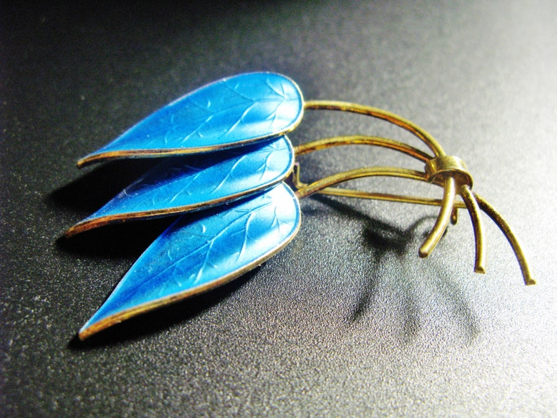 Norway Three Leaf Brooch Vintage Vermeil Sterling Silver With Blue Enamel