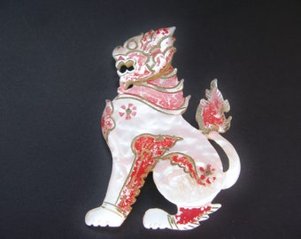 Antique Foo Dog Brooch, Chinese Guardian Lion, Mother of Pearl MOP Shell
