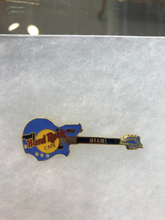 Hard Rock Cafe Official Pin Badge Miami Dolphin Guitar Series