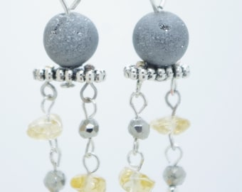 """""""Silver Light"""" earrings in grey agate. Unique jewel, handmade with Love."""