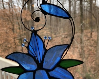 Stained Glass Day Lily Suncatcher
