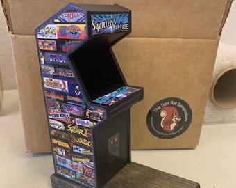 Mini Arcade Squirrel Feeder, Fun Gift Idea, Unique Gift, Mini Bird Feeder, Retro Arcade Cabinet, Funny Feeder
