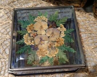 Vintage Ceramic Pressed Flower Trinket Box in Original Box