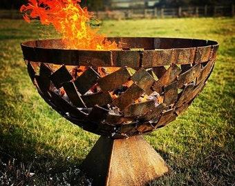 Modern Metal Handmade Garden Fire Pit Garden Yard Art