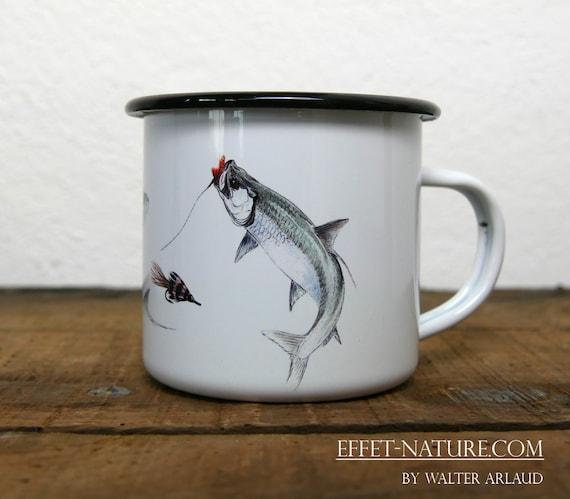 Vintage Tarpon enamelled metal mug signed by artist Walter Arlaud color illustration