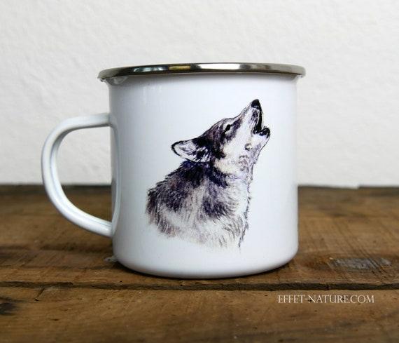 Vintage wolf enamelled metal mug, signed by artist Walter Arlaud, vintage enamelled metal wolf cup, gift, hiking, camping