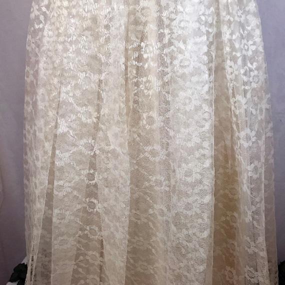 50's Ivory Lace Wedding Dress w Veil by Sylvia Ann - image 4