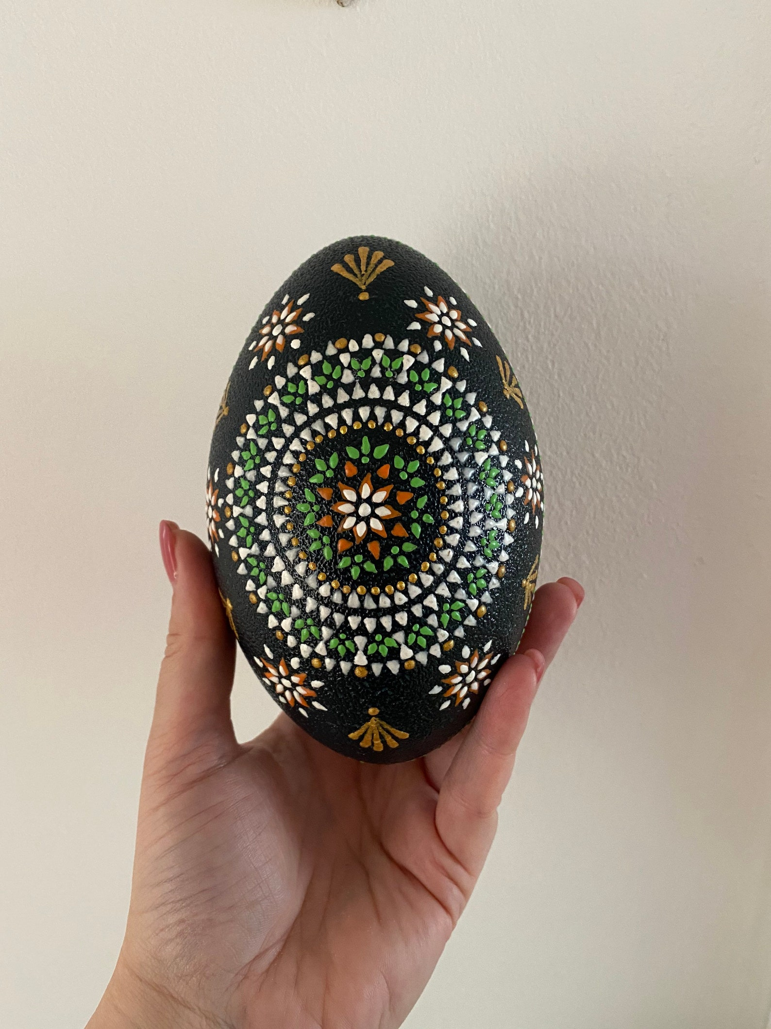 Emu egg in Sorbian style