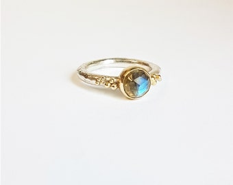 Labradorite Sterling 925 Silver and Gold Bubble Ring