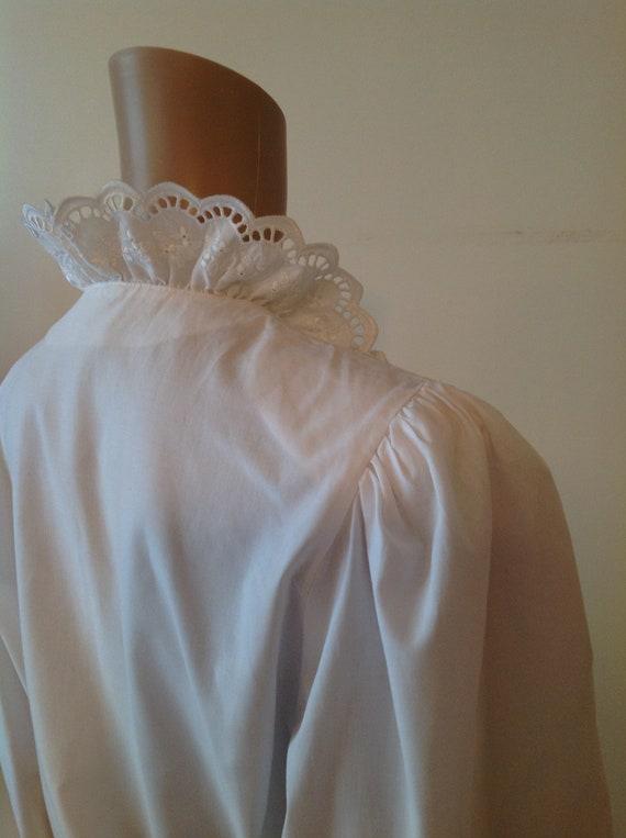 Dirndl Lace Ruffle Detail White Cotton Blouse Shi… - image 9