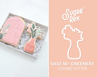 Vase with Greenery Cookie Cutter