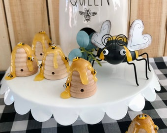Honey Bee Kitchen Decor Collection.