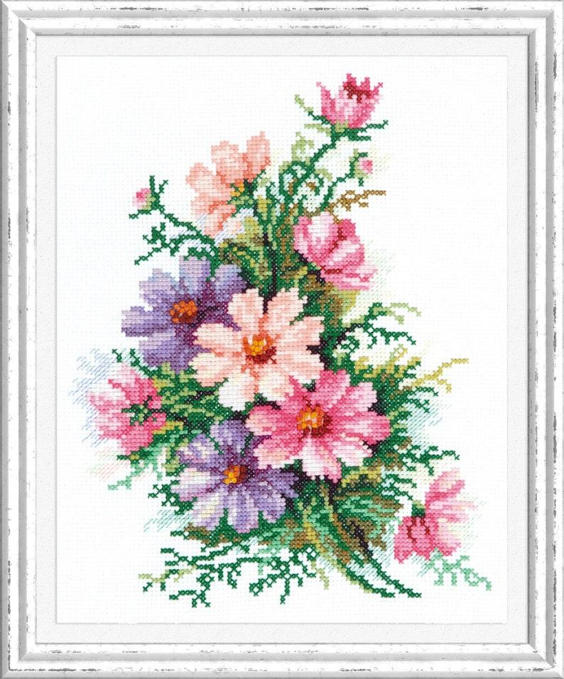 Magic Needle  40-54 Cosmos Flowers 18 x 24 cm  Cross Stitch Kit
