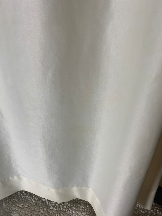 Vintage Ivory Polyester Wedding or Formal Gown - image 5