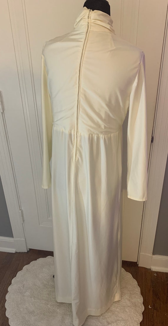 Vintage Ivory Polyester Wedding or Formal Gown - image 4