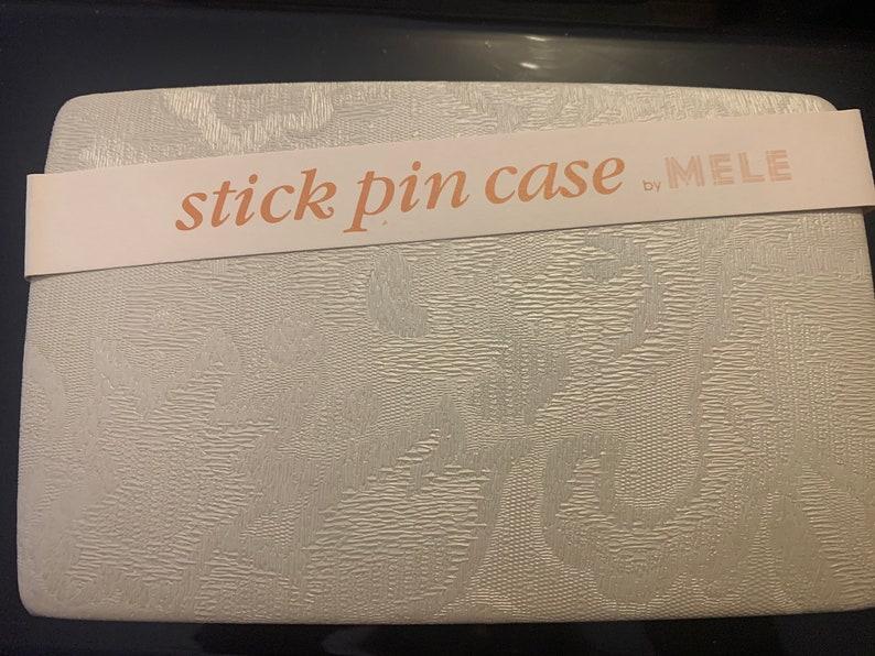 Mele Stick Pin Jewelry Case