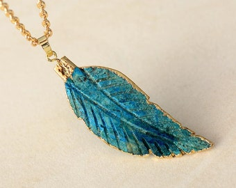 Mixed stone leaf necklace