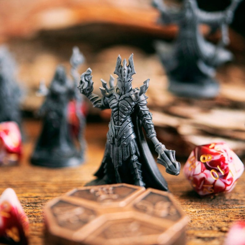 Dungeons and dragons D/&D tabletop miniatures Sorbal imp master Get FREE Wooden RPG engraved BOX DnD miniatures