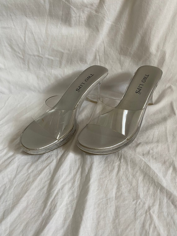 SIZE 7 // 1990s Clear Plastic Two Lips Mules - image 4