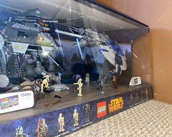 LEGO Star Wars Lighted Display Case! AT-AP (75043) and Droid Gunship (75042)