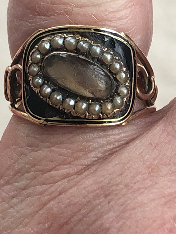 Wonderful Georgian mourning ring 1819 with inscrip