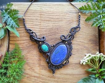 Lapis Lazuli & Chrysocolla asymmetric macrame necklace. Bohemian jewelry. Boho chic. Handcrafted jewelry. Gemstone jewelry. Unique design.