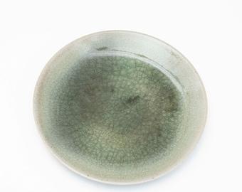 Breakfast plate Ø 23 cm / Cake plate / Salad plate / Handmade ceramics / Ceramic dishes - Porcelain - Celadon / Hand-turned