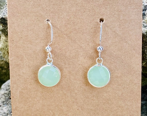 Mint Green Faceted Charm Earrings (10 mm)