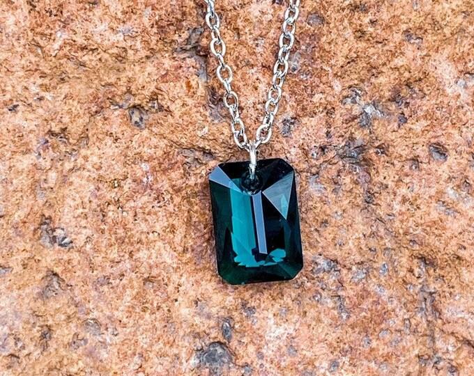 Emerald Shimmer Swarovski Crystal Pendant Necklace (inspired by Dear Heart)