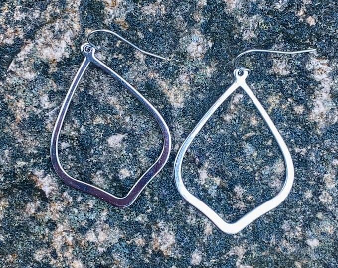 Teardrop Dangle Earrings (inspired by Dear Heart)
