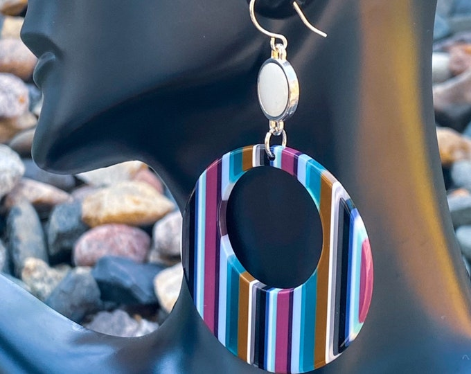 White + Peacock Stripe Circle Cutout Pendant Earrings (inspired by Dear Heart)