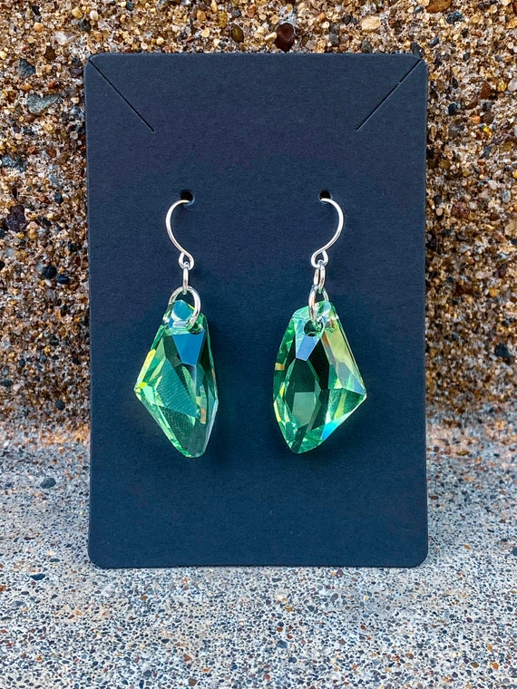 Peridot Crystal De-Art Pendant Earrings
