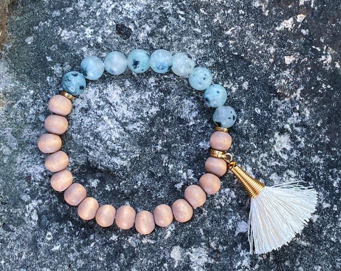 White Kiwi Stone + Khaki Wood Bracelet (inspired by Lisa Michelle)