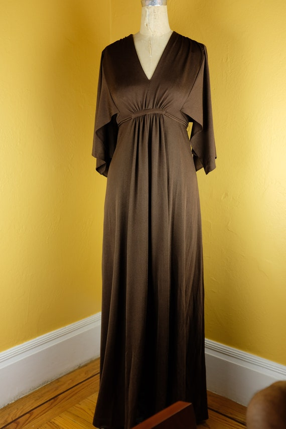 1970s Hostess Gown,  Size Medium